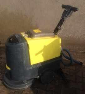 ikinci-el-zemin-temizleme-makinasi